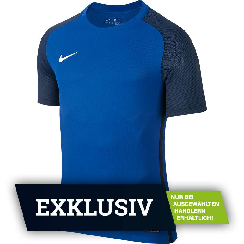 Nike Revolution IV Trikotsatz